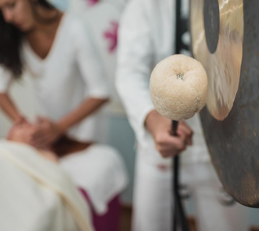 Masaje con gong